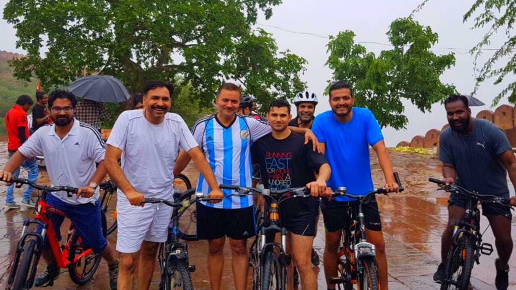Cycling tour to Nahargarh Fort