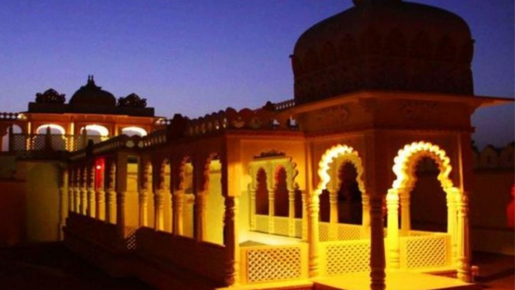 Stay luxury at Bassi Fort
